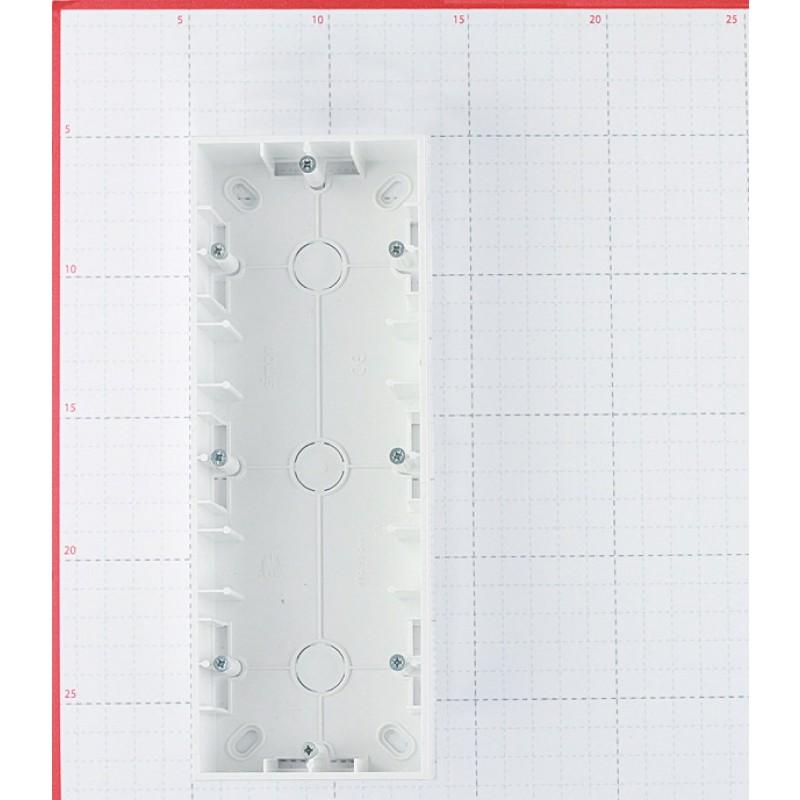 Коробка монтажная Simon 15 1590753-030 трехместная открытая установка белая